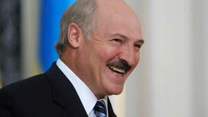 Лукашенко назвав себе 22-річним юнаком