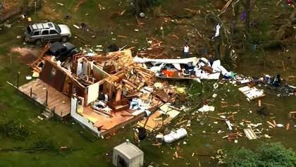 Сокрушительные торнадо прошлись по США, есть жертвы