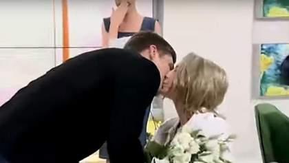 Известная волонтер Зинкевич выходит замуж – любимый сделал ей предложение в прямом эфире