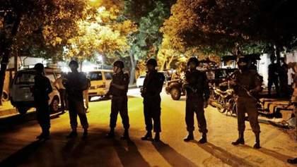 После штурма кафе полиции удалось освободить заложников в Бангладеш