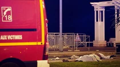 Теракт в Ницце: женщина ценой собственной жизни спасла ребенка в коляске