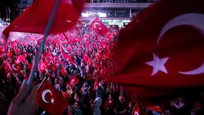 Чрезвычайное положение в Турции: что делать украинцам?