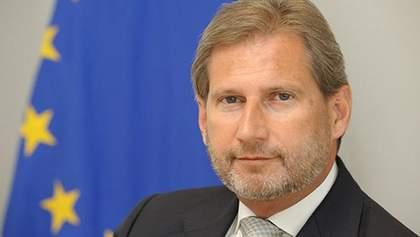 Єврокомісар запевнив, що Україна отримає безвіз цього року