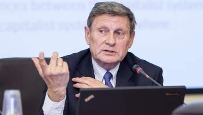 Бальцерович: Яценюк і Яресько запобігли фінансовій катастрофі