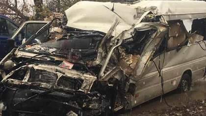 Смертельное ДТП в Винницкой области – лоб в лоб столкнулись маршрутка и микроавтобус