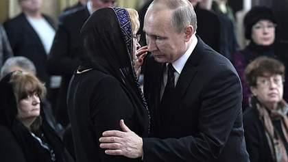 Путин лично пришел на похороны убитого посла России: появились фото