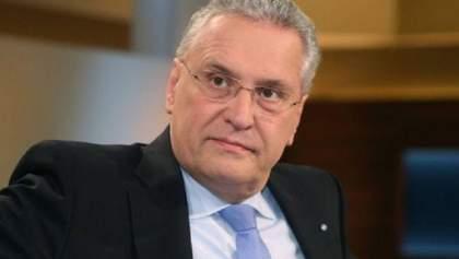 Сегодня беженцы представляют большую угрозу, – министр внутренних дел Баварии