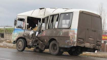 Бензовоз протаранил пассажирский автобус в Крыму