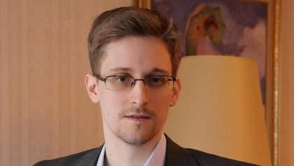 Сноудену разрешили жить в России еще два года