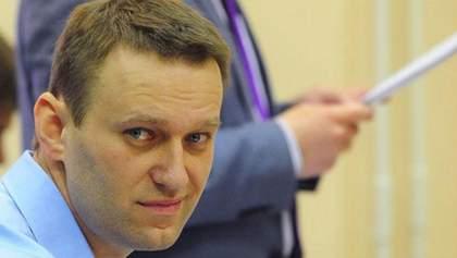 """Абсурдный конфискат: шнурки Навального """"помогут"""" следователем России в раскрытии дела"""