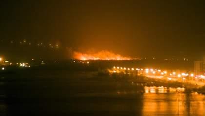 Під Києвом сталась потужна пожежа: фото та відео