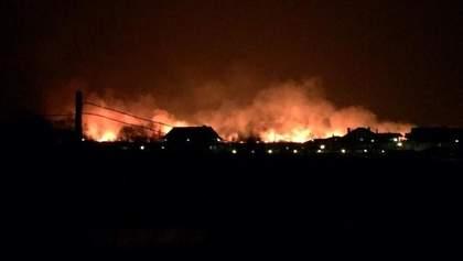 З'явилось ексклюзивне відео серйозної пожежі на Позняках у Києві