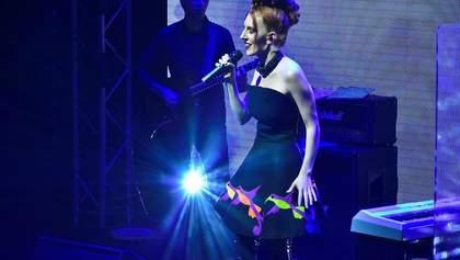 Illaria на сольном концерте поразила новым стилем