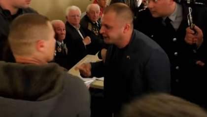 У Конотопі розігнали зустріч соратників кума Путіна