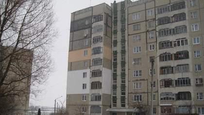 Ужасное убийство в Запорожье: мать задушила и выбросила с балкона свою дочь