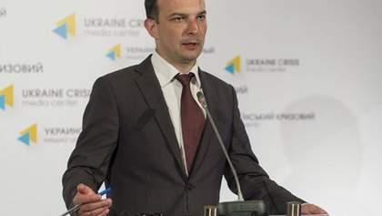 На посаді генпрокурора ми маємо шахрая, – Соболєв дорікнув Луценкові щодо двох нардепів