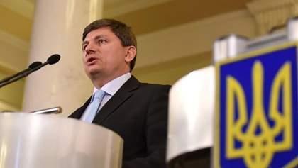 Законопроект о деоккупации Донбасса не введет военное положение, – нардеп