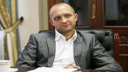 Максим Поляков дает показания в здании НАБУ