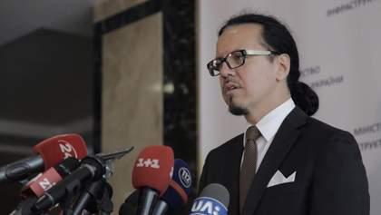 Експерт назвав дві головні причини відставки Балчуна