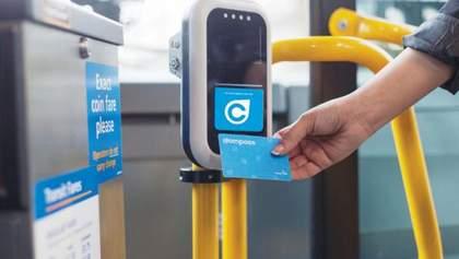 В одному місті України запровадили безготівкову оплату за проїзд