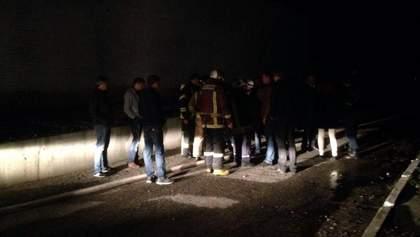 """Пожежа на заводі """"Біофарма"""": ексклюзивні кадри, що відбувається на місці НС зараз"""