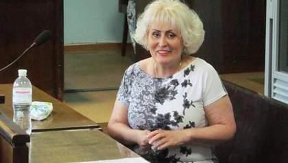 Скандальная Штепа вернулась из больницы в Славянск