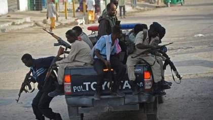 У Сомалі підірвали два автомобілі: є жертви