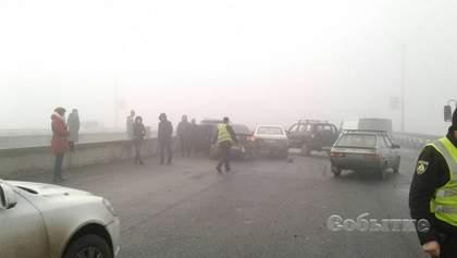 На Днепропетровщине произошло масштабное ДТП с участием 10 авто