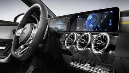 Daimler обнародовал фотографии новой модели Mercedes-Benz A-класса