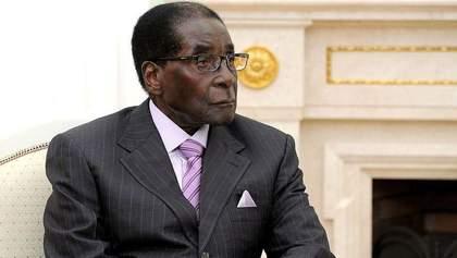 Суд визнав законним переворот в Зімбабве
