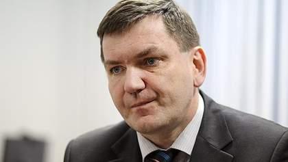 Чому Інтерпол зняв з розшуку Азарова, Пшонку, Клюєва, Захарченка: пояснення прокурора
