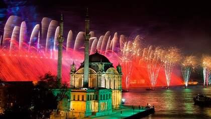 В Стамбуле запретят проводить новогодние мероприятия