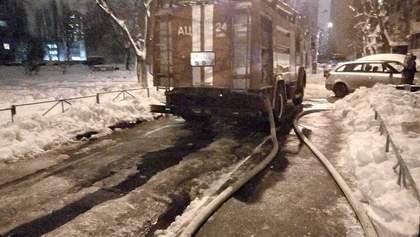 У Києві горіла багатоповерхівка: фото