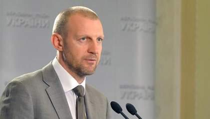 Тетерук заявив, хто послаблює всю українську владу