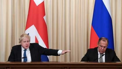 Резкое предупреждение России и курьезный случай с Лавровым: детали визита Джонсона в Москву