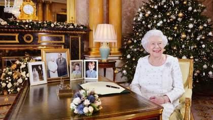 Королева Елизавета II вспомнила жертв терактов в Британии в рождественском поздравлении