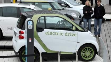 Электромобили впервые переплюнули обычные авто по показателю продаж