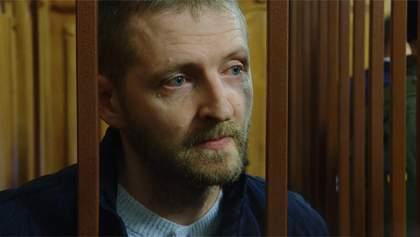 Суд в третий раз отложил рассмотрение дела пограничника Колмогорова, обвиняемого в убийстве