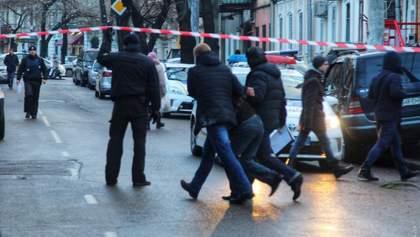 Перестрілка в Одесі: поранений випадковий перехожий, який надавав допомогу раненим поліцейським