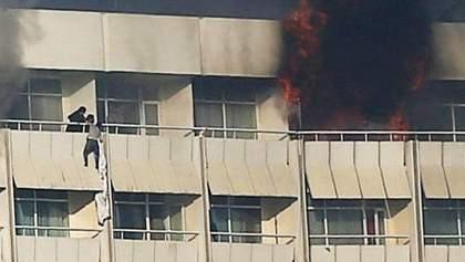 """Терористи """"Талібану"""" показали фото бойовиків, які вбили українців у готелі Кабула"""