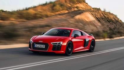 Радіокерована модель авто може розігнатися до 120 кілометрів за годину