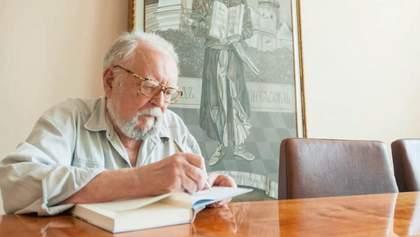 В Киеве проводят в последний путь ученого и философа Мирослава Поповича