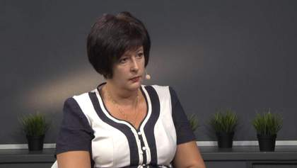 Роздягання жінок перед допитом Порошенка: Лутковська заявила про дискримінацію