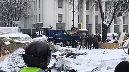 Столкновения под Радой: всех задержанных отпускают из полиции