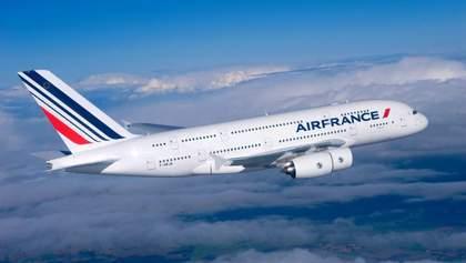Из-за забастовки во Франции сокращают количество рейсов