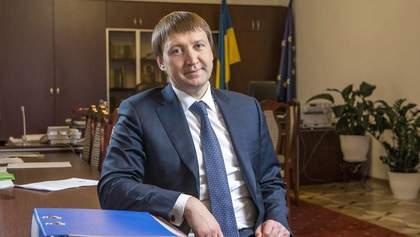 Кутовой возвращается в кресло министра с помощью Косюка – СМИ