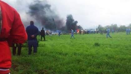 В Алжире разбился военный самолет: погибли более 200 человек