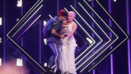 Евровидение 2018: конкурсантка Великобритании SuRie впервые прокомментировала нападение