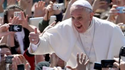 Папа Римский дал советы монахиням по пользованию соцсетями