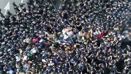 Під час Маршу рівності у Києві постраждали противники ЛГБТ